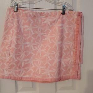Vineyard vines starfish wrap skirt, size 10